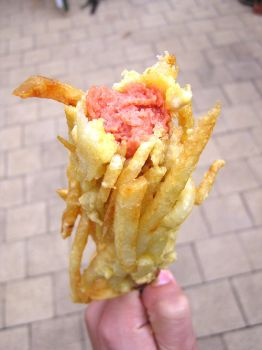 Linguiça frita empanada nas fritas do blog This is why you´re fat: ode ao colesterol