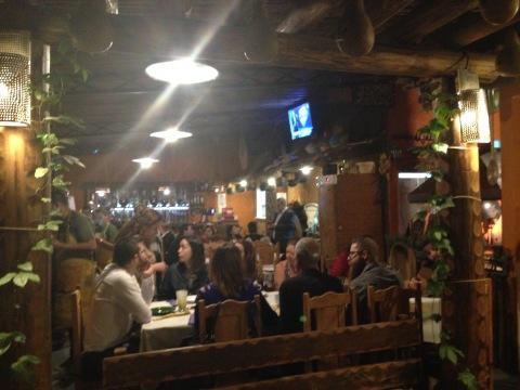 Nova casa na Vila Pompeia também oferece quitutes como bolinhos de chuva no 'Café Caipira', das 16h às 18h.