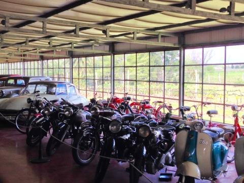 Coleção de carros e motos antigos da família Bouzas.
